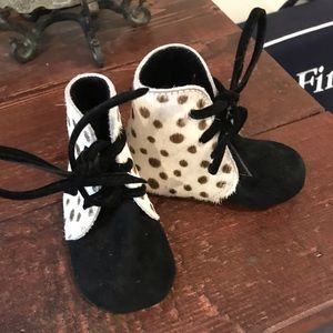 Other - Baby girl boutique shoes- newborn